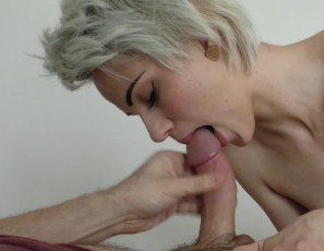 content/011018_suzanna_morning_shower_blowjob_with_mouth_cumshot_and_swallow/3.jpg